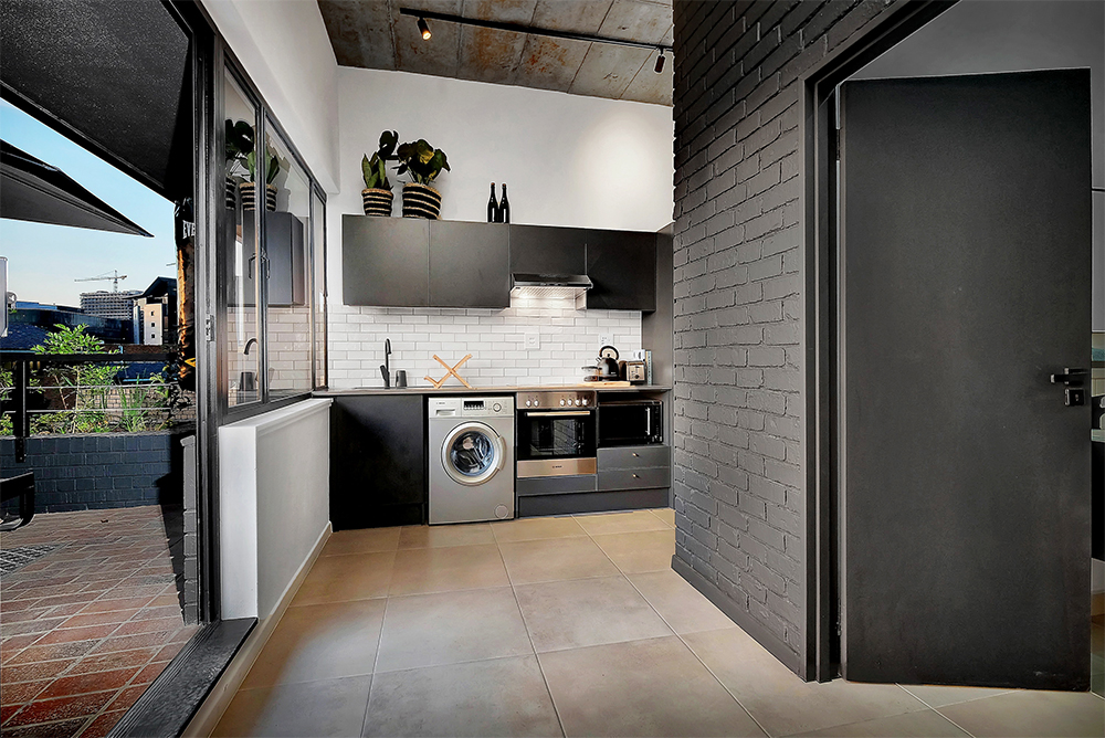 black-brick-kitchen_1