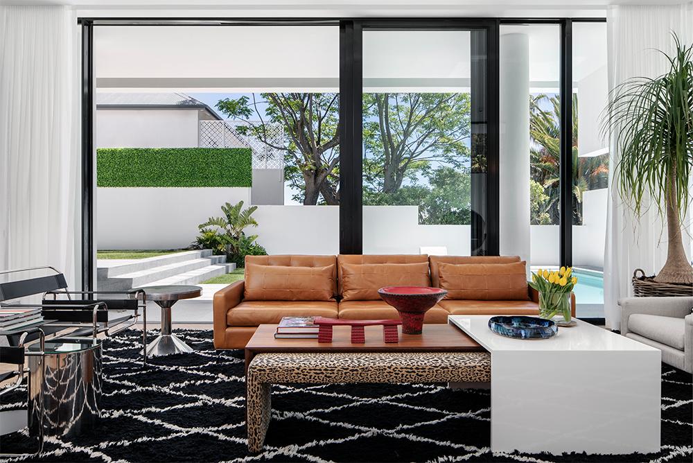 robert-silke-lounge-image-1