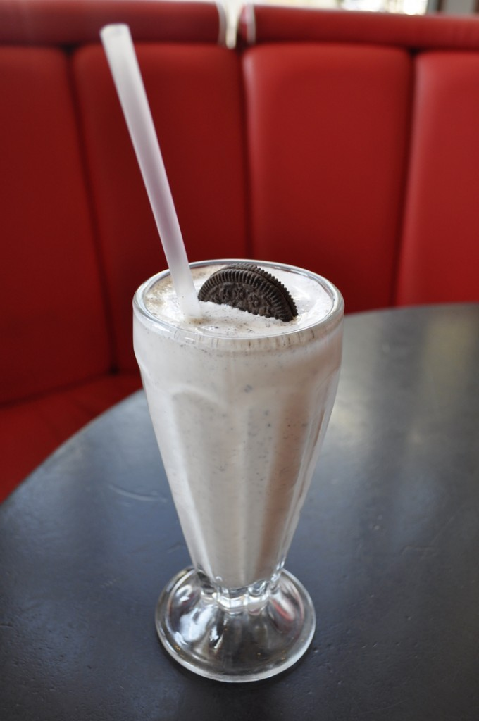 Ed's Diner- Oreo Milkshake