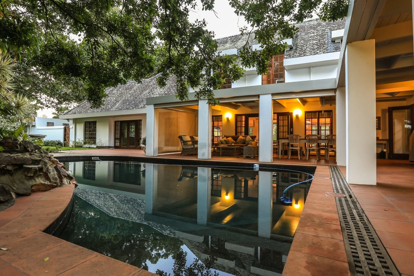 East London, sold by PGP for R6.8m-min
