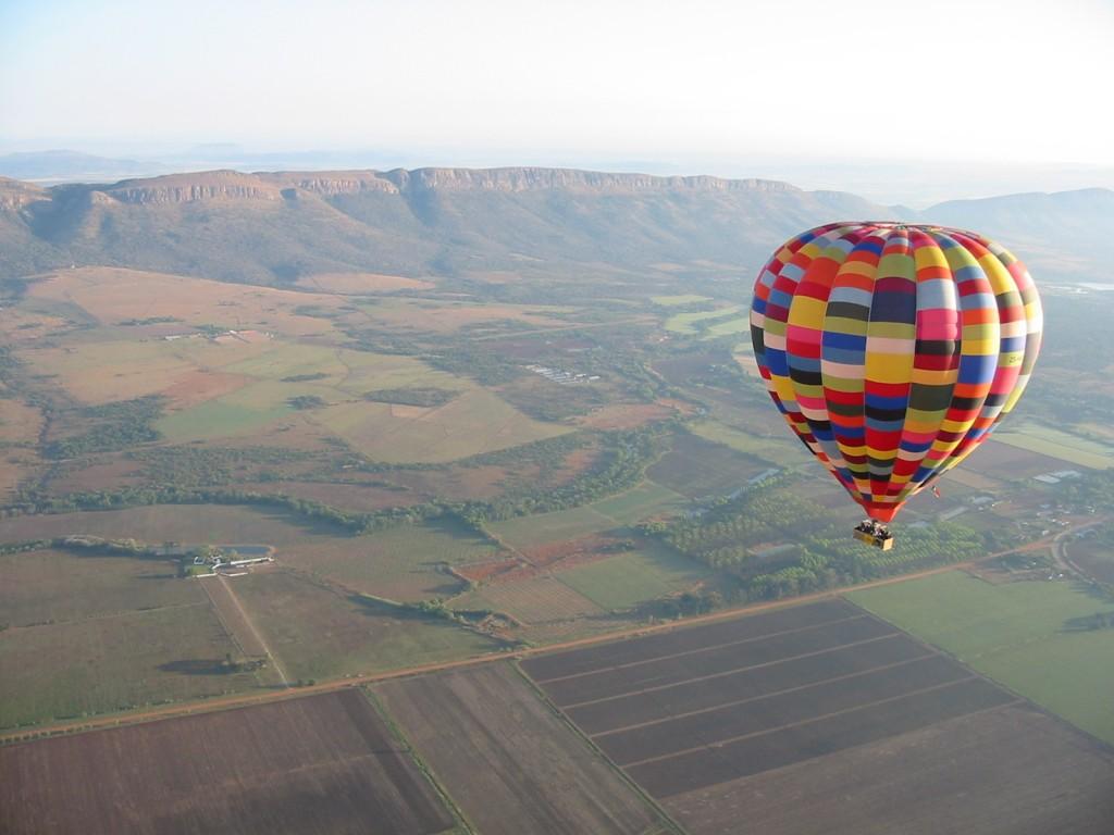 Bill Harrop's Balloon Safaris 2