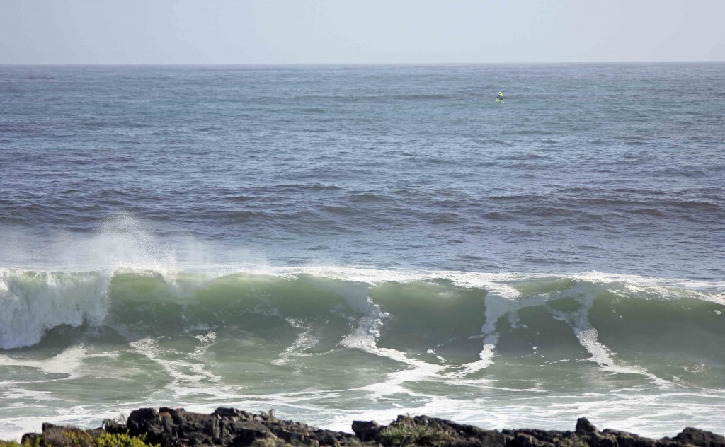 Monster Swells Hitting Coastline_Ganzekraal