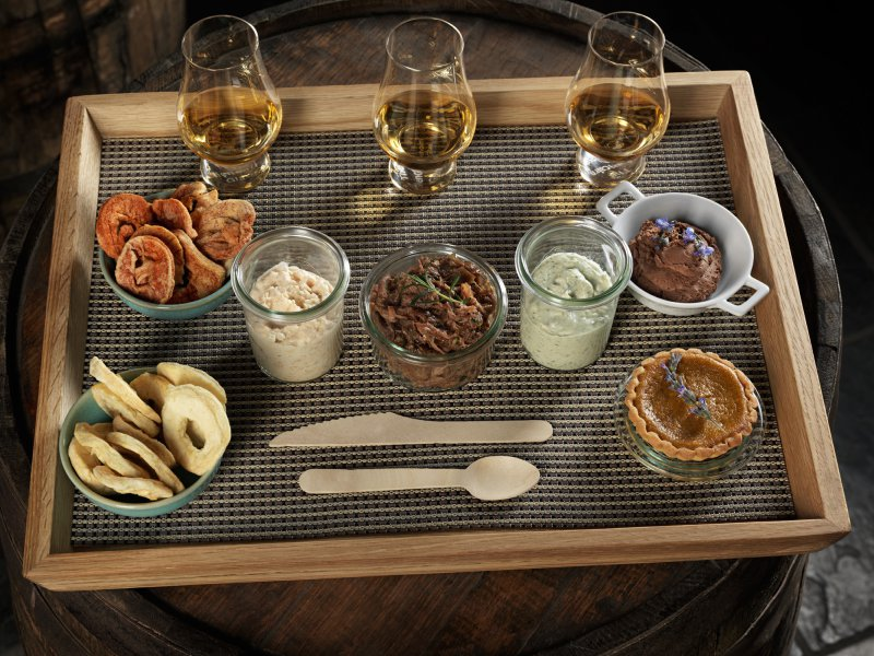 Whisky_and_food_pairing__1472733099_44703