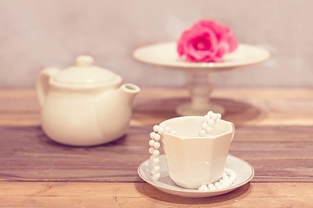 tea-party-1138912_640