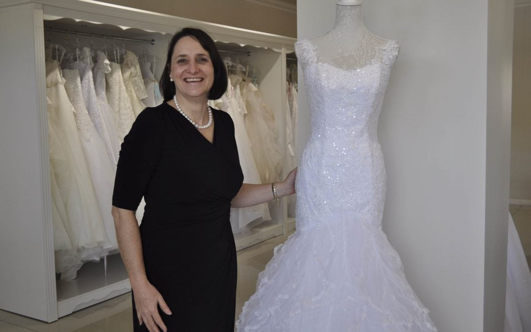 Trés Jolie Bridal and Evening Wear in Lynnwood Ridge