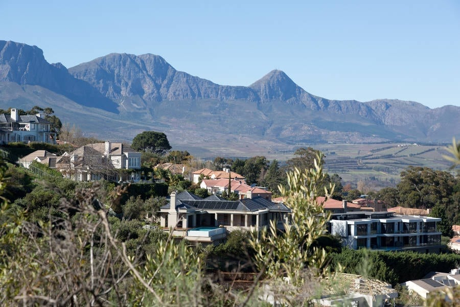 Suburb Focus: Somerset West