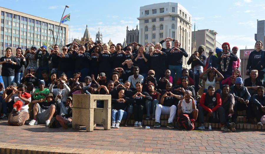 Bay homeless enjoy sit-down meal on Mandela Day
