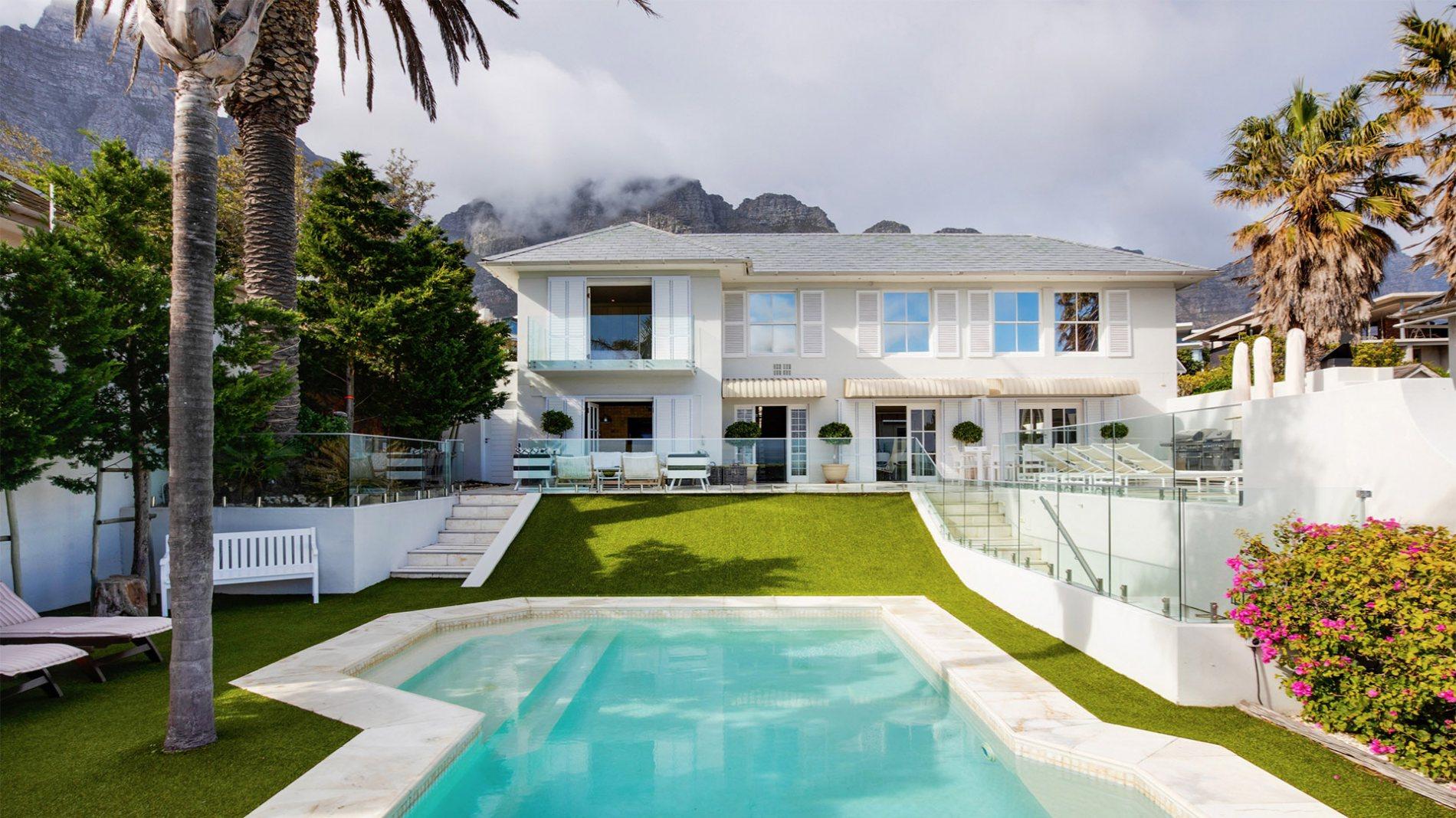 Super-wealthy splurge on R20m+ properties